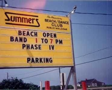 Summers Beach Club