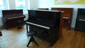 Klavier Grotrian Steinweg 125