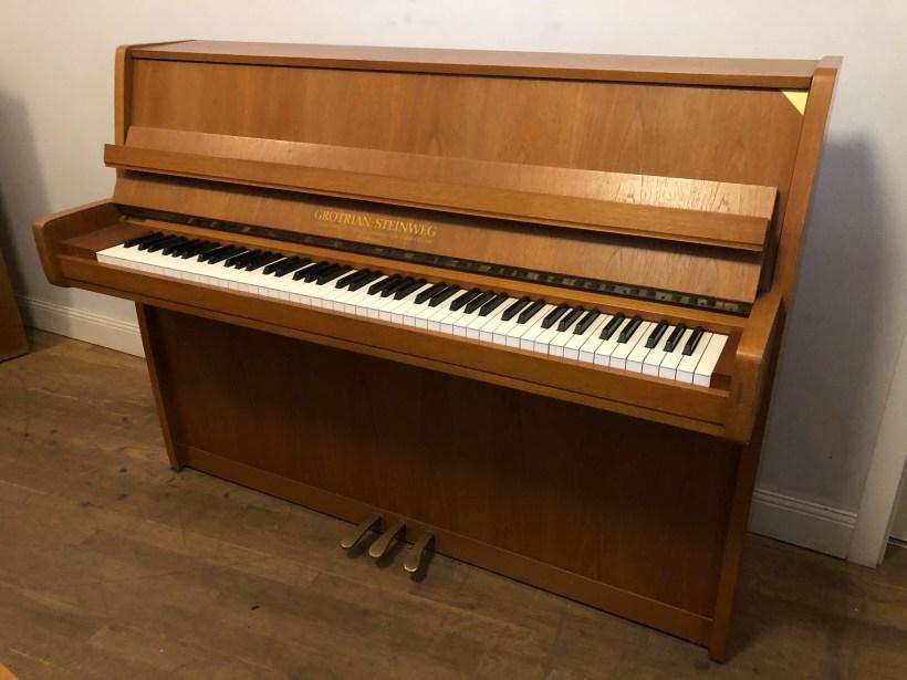 Klavier Grotrian Steinweg Modern