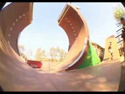 Classic Skateboarding – The Most Amazing Skateboard Movie (Great Clips)