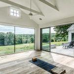 Что нужно знать о панорамных окнах с освещением
