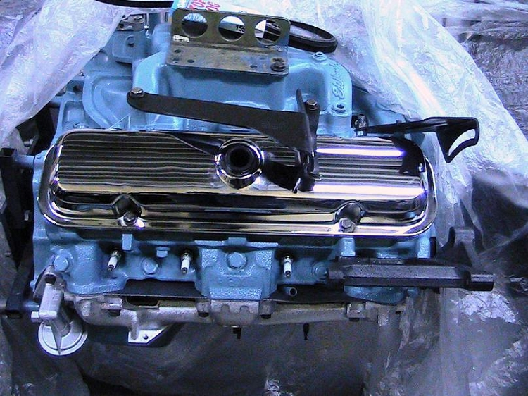 VALVE COVERS W72 ENGINE 400 455 WITH OIL DRIPS