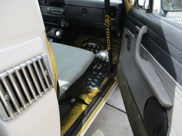 Toyota Roll Inside Cage Cab