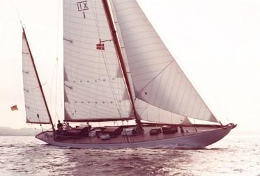 01 AR segelnd
