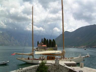 L'Iliade - Gospa od Skrpjela - Perast - Boka Kotorska Montenegro small