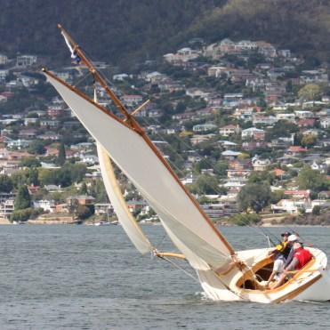 terra_linna_under_sail