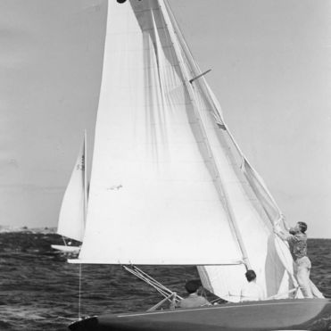 Kite blow up. Saga II racing in Sandhamn, Sweden, 1940.