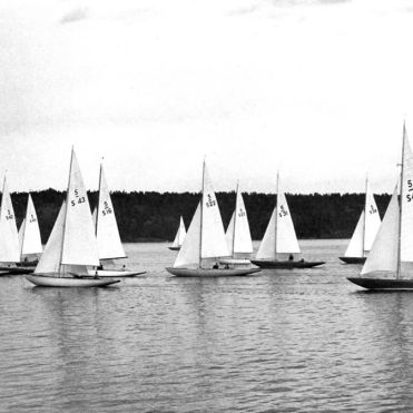 Saga II racing in Swedish Championships 1949. (Sail number S48)