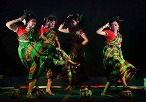 Découvrez les Différentes Danses Indiennes et Choisissez Votre Cours
