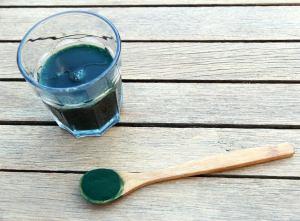 La spiruline aide à perdre du poids efficacement