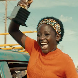 queen-of-katwe-phiona-celebrating
