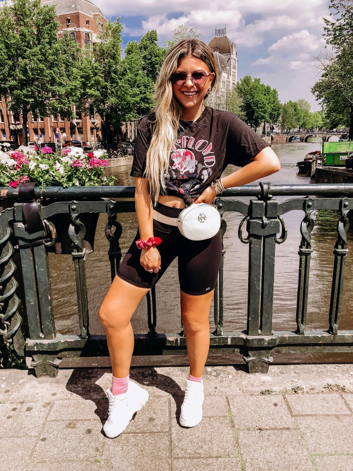 What to See in Amsterdam | Style blogger Emerson Hannon of Classycleanchic shares Travel Guide: What To See in Amsterdam
