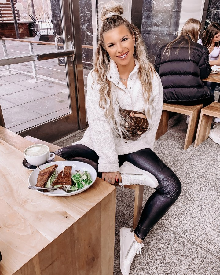 Best Summer Sneakers   Style blogger Emerson Hannon of Classycleanchic shares Best Summer Sneakers