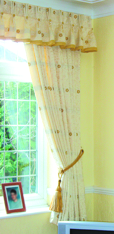 lounge curtains-valance_01