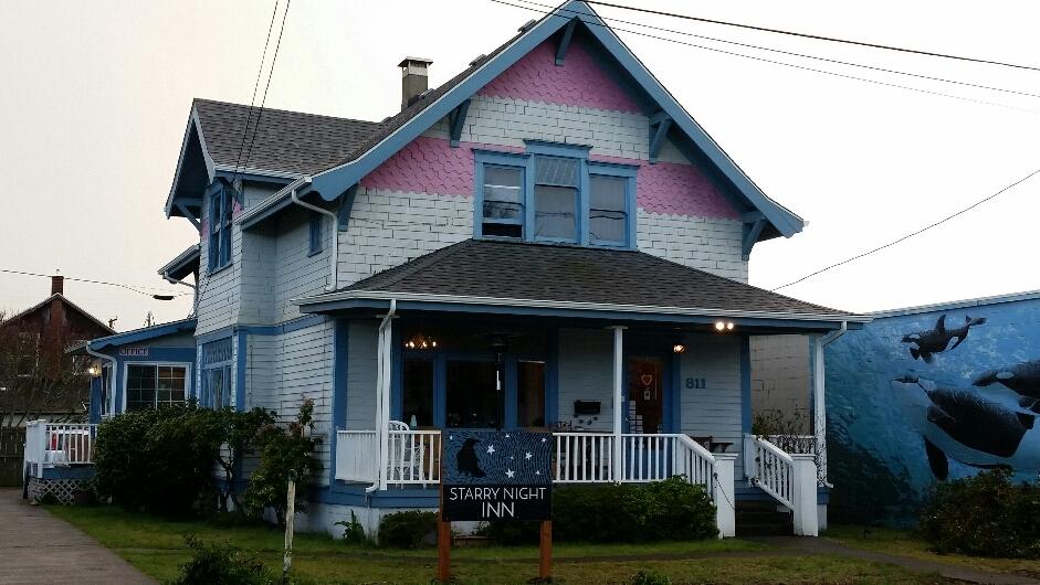 Starry Night Inn Seaside