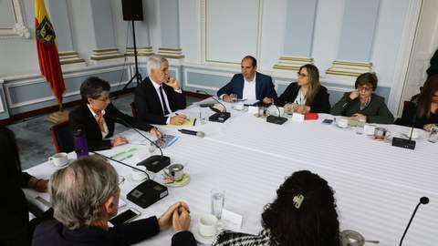 Claudia López y Enrique Peñalosa presentaron la Comisión de Empalme