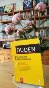 Genderwahn: Der Duden ist für die Rechtschreibung im deutschen Sprachgebrauch zuständig.