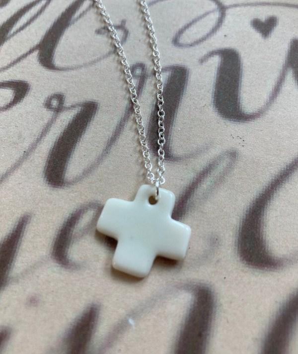 collier fete de la foi