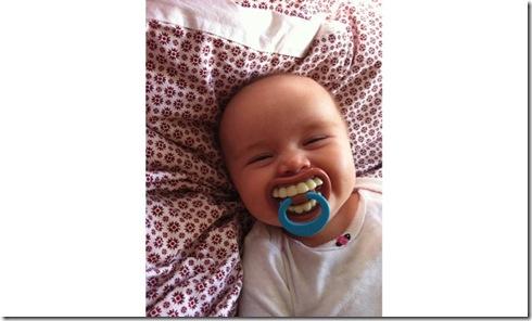 funny-baby-pacifier-big-teeth