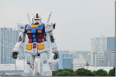 full-size-gundam-model-statue-japan-18-meter-30th-anniversary-4