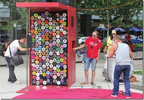 sing-karaoke-kiosk_urban-republic_collabcubed