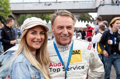 Bloggerin Jessi mit Rallye-Legende Jochi Kleint