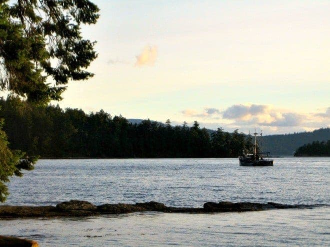 The Southern Gulf Islands of British Columbia sit like jewels in the Salish Sea. Five reasons why Galiano Island is a perfect summer getaway for families. (via thetravellingmom.ca)