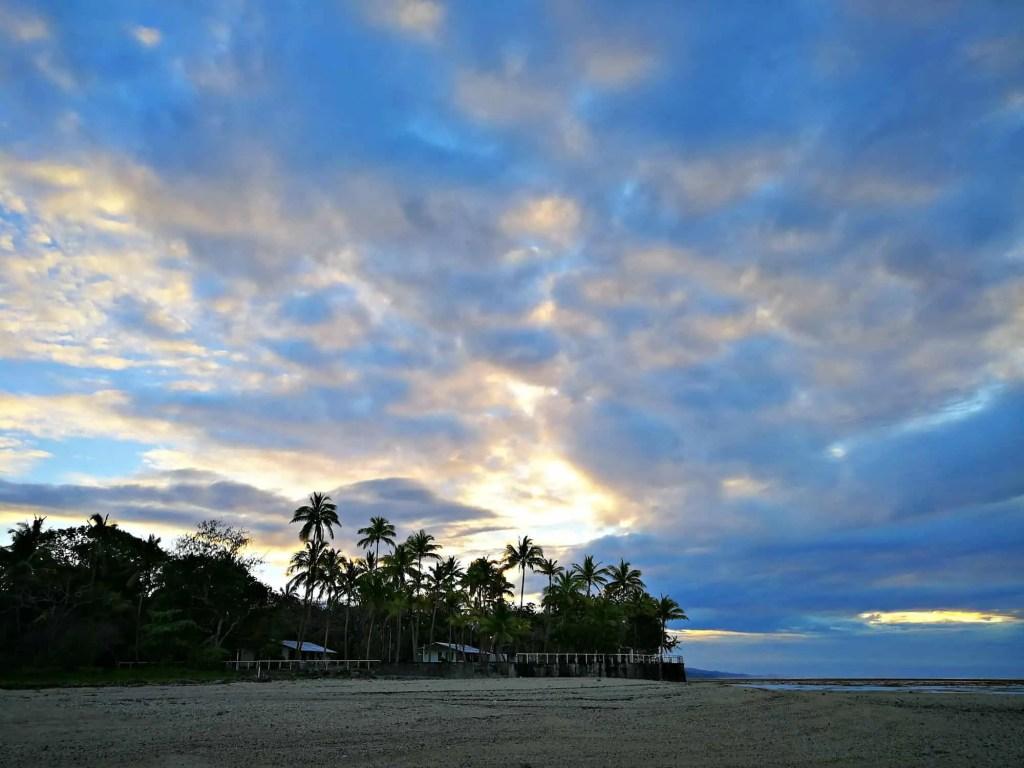 sunrise outrigger reef fiji resort
