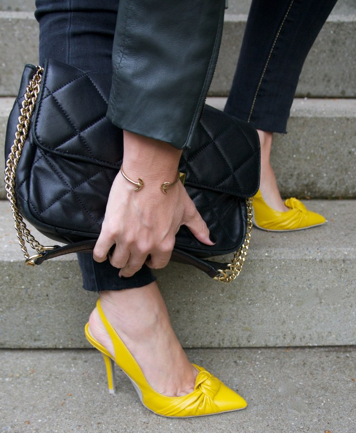 wearing yellow - claudinesroom