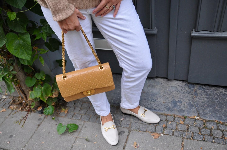 Oversized Rollkragenpullover und Chanel bag - claudinesroom