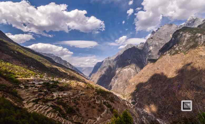China - Yunnan - Tiger Leaping Gorge-9