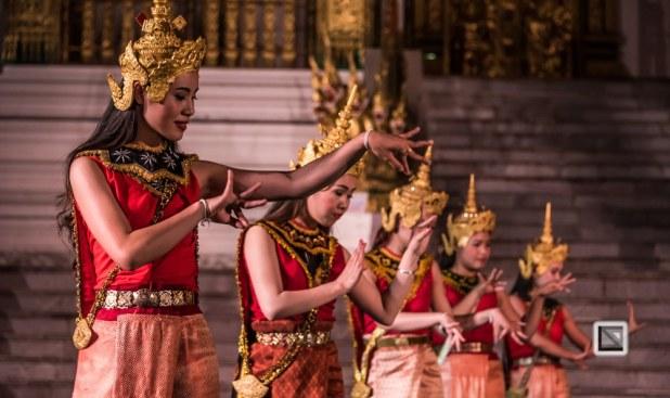 faces of asia -Luang Prabang Pi Mai N-23