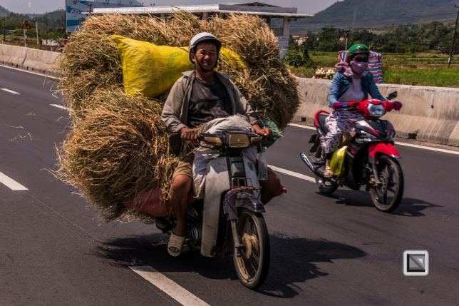 on_the_road-Dalat_to_Hue-Vietnam (5 von 5)