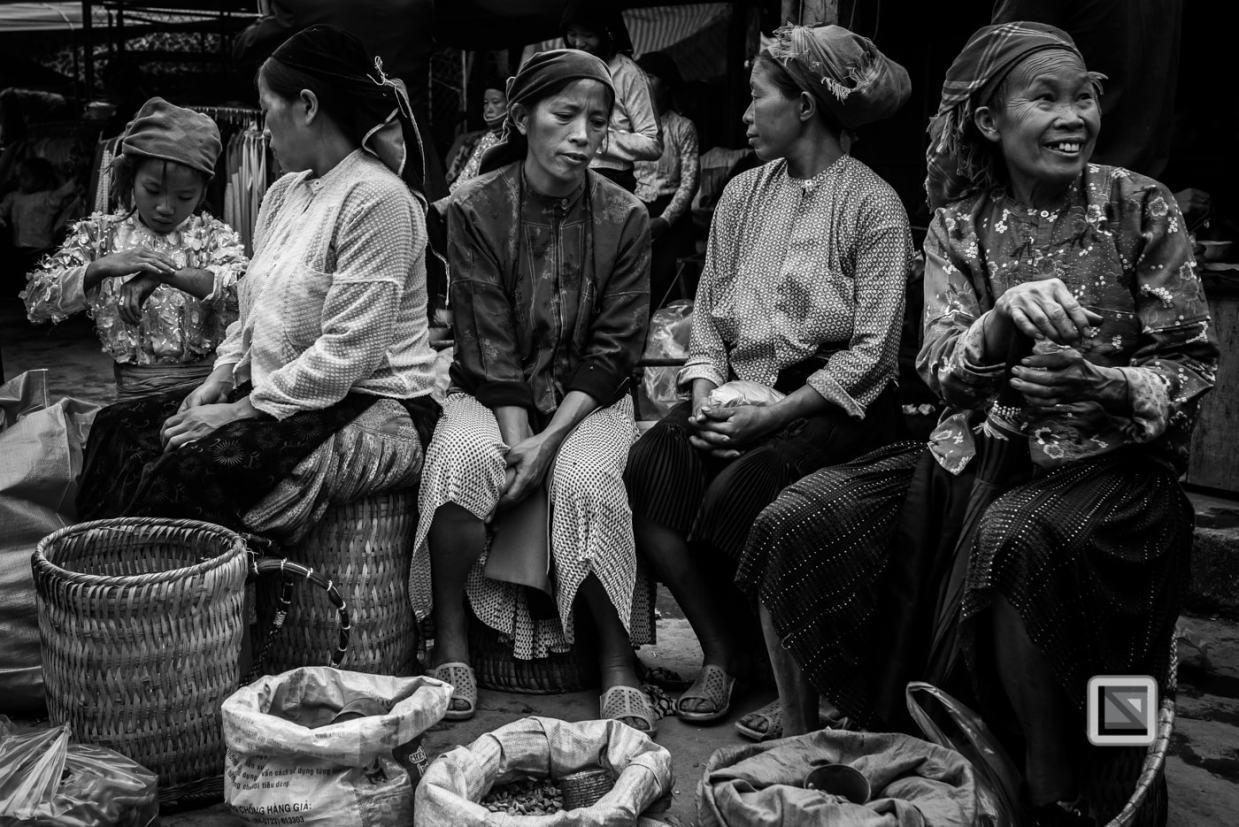 vietnam-ha_giang-dong_van_market-19