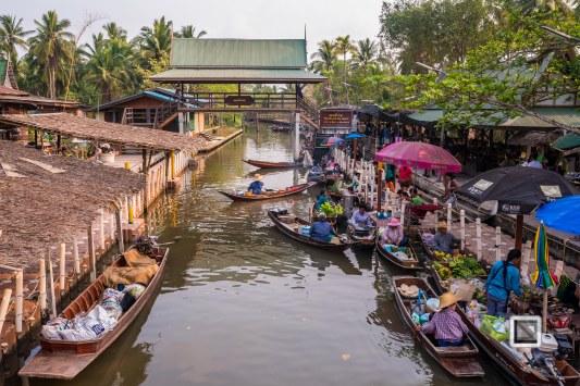 Tha Kha Market
