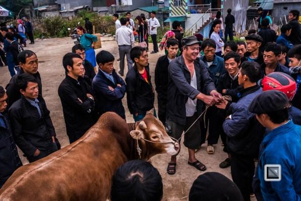 vietnam-ha_giang-dong_van_market-5