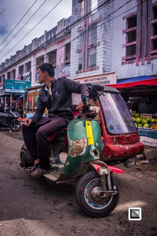 Indonesia-Sumatra-Nopan-VespaParadise-0688