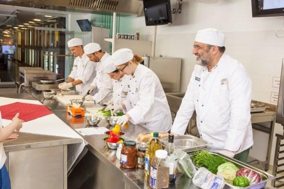 Centrul de Pregatire in Gastronomie-eveniment bloggeri 9
