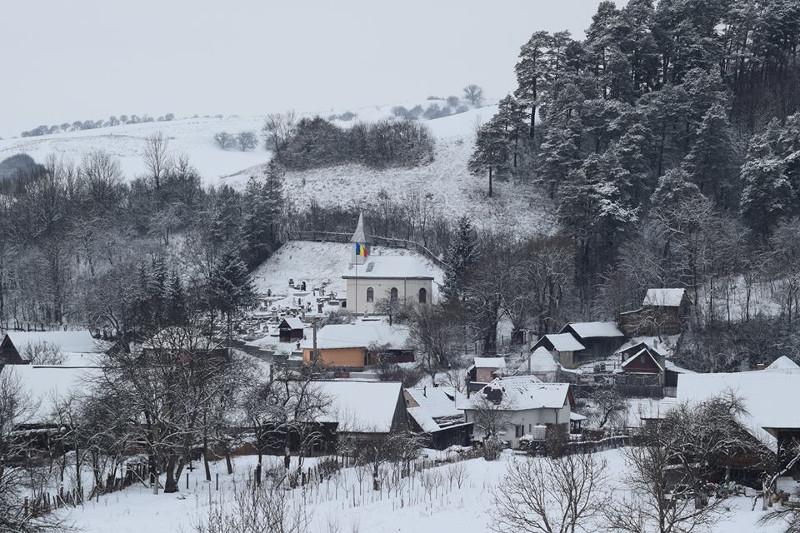 Un sat în palma lui Dumnezeu: Aita Mare