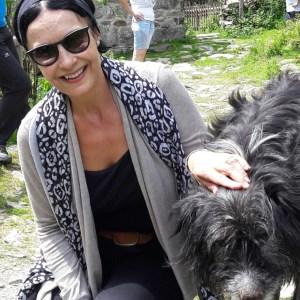 """Marina Dumitrescu: """"După ce ai învăţat să te rogi, nu te mai poţi lipsi de rugăciune"""""""