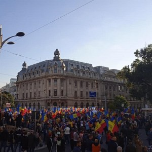 Mitingul din Piața Universității, semnul că poporul român mai are anticorpi la dictatură, la impostură și la trădarea interesului național