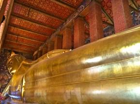 Buda Reclinado- Photo by Claudia Grunow