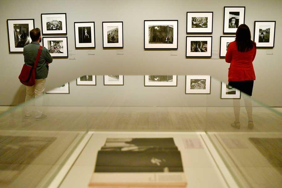 sala-de-exposiciones_bruce-davidson