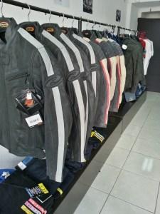 cuir vintage de qualité et Battle jackets pour scoot (eux aussi ont le droit de se protéger avec élégance)
