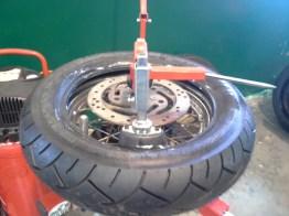 ...te fait les pneux HD à domicile!
