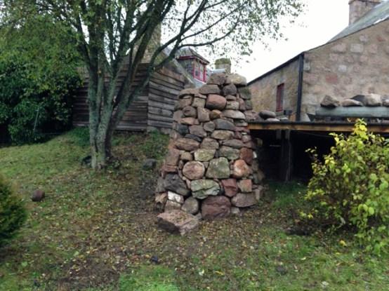 Giant dry stone plinth