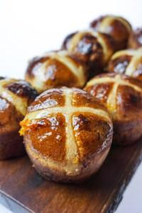 Dark Chocolate & Orange Hot Cross Muffin Buns