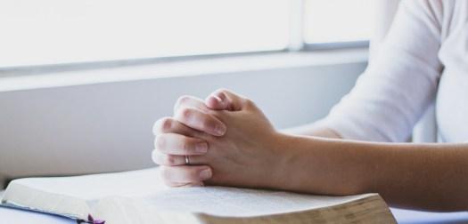 praying_woman_1515648743.jpg