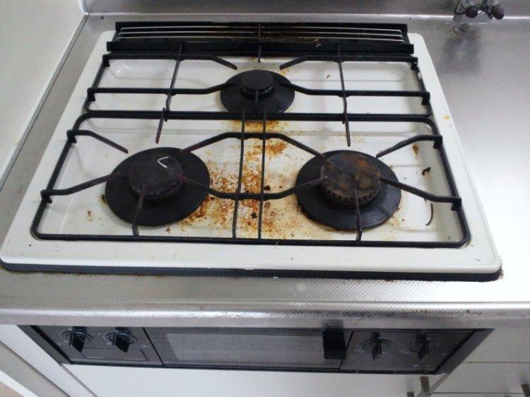 キッチン(ガスコンロとレンジフード)クリーニング