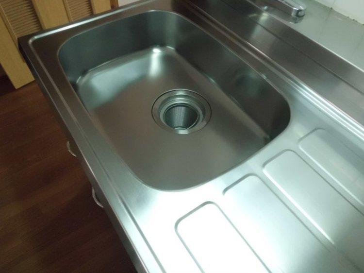 キッチンシンク磨き